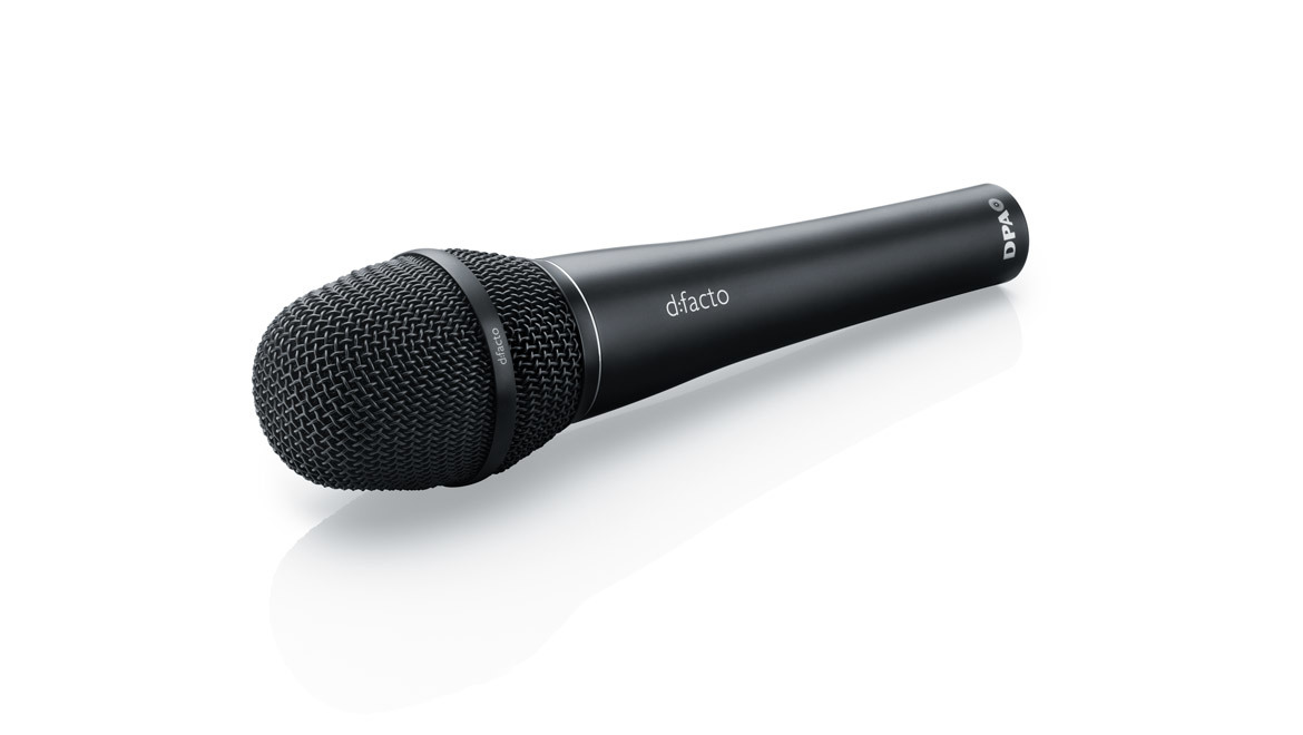 a black Microphone
