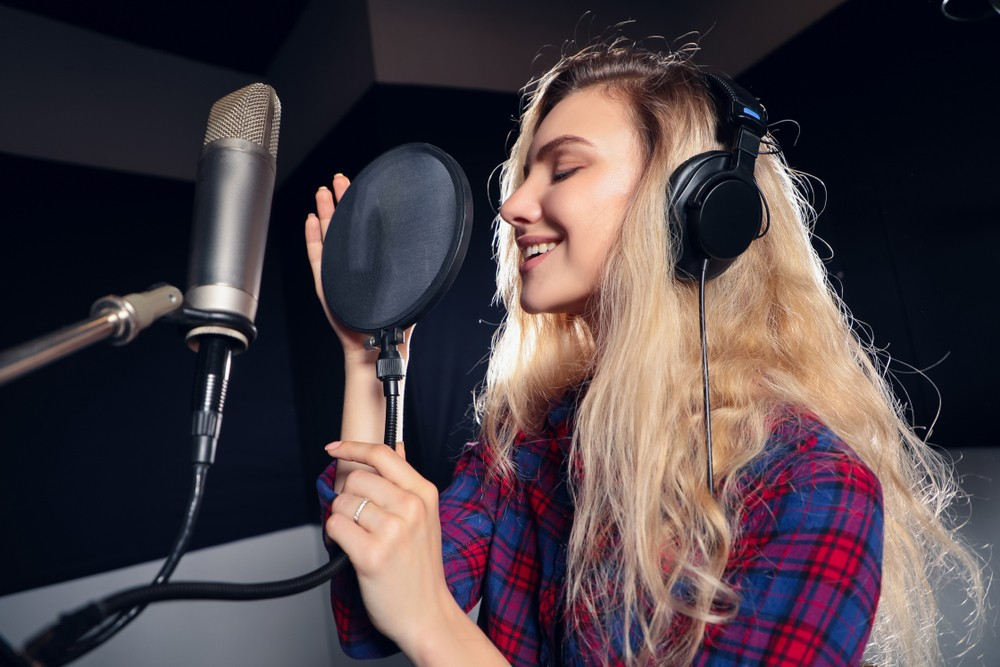 Condenser microphones are Ideal for Voiceover Artist